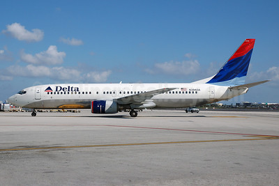Delta Air Lines Boeing 737-832 N394DA (msn 30562) MIA (Bruce Drum). Image: 102793.
