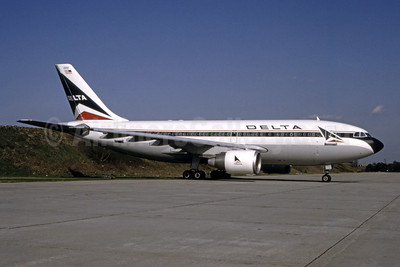 Delta Air Lines Airbus A310-222 N803PA (msn 343) ATL (Norbert G. Raith). Image: 946799.