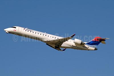 Delta Connection-ASA (Atlantic Southeast Airlines) Bombardier CRJ700 (CL-600-2C10) N317CA (msn 10055) ATL (Jay Selman). Image: 402070.