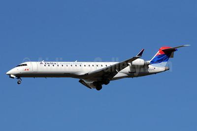 Delta Connection-ASA (Atlantic Southeast Airlines) Bombardier CRJ700 (CL-600-2C10) N730EV (msn 10141)  ATL (Bruce Drum). Image: 101244.