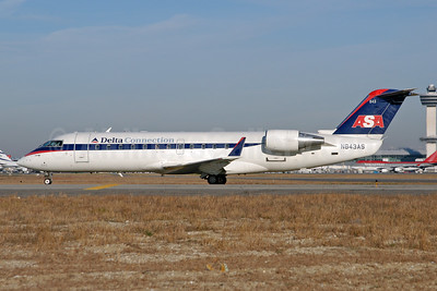 Delta Connection-ASA (Atlantic Southeast Airlines) Bombardier CRJ200 (CL-600-2B19) N843AS (msn 7310) JFK (Fred Freketic). Image: 950001.