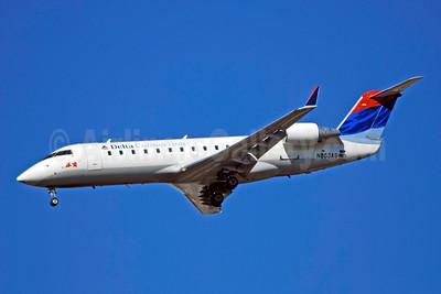 Delta Connection-ASA (Atlantic Southeast Airlines) Bombardier CRJ200 (CL-600-2B19) N853AS (msn 7374) ATL (Bruce Drum). Image: 100758.