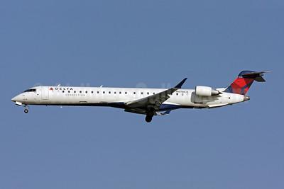 Delta Connection-Comair Bombardier CRJ900 (CL-600-2D24) N678CA (msn 15125) DCA (Brian McDonough). Image: 907765.