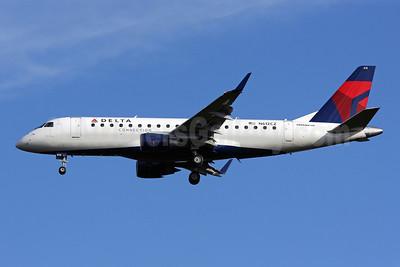 Delta Connection-Compass Airlines Embraer ERJ 170-200LR (ERJ 175) N612CZ (msn 17000201) IAD (Brian McDonough). Image: 904409.