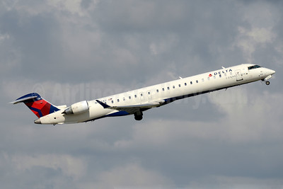 Delta Connection-Endeavor Air Bombardier CRJ900 (CL-600-2D24) N928XJ (msn 15190) FLL (Jay Selman). Image: 403624.