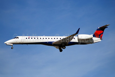 Delta Connection-ExpressJet Airlines Embraer ERJ 145XR N14179 (msn 145896) LAS (Bruce Drum). Image: 100227.