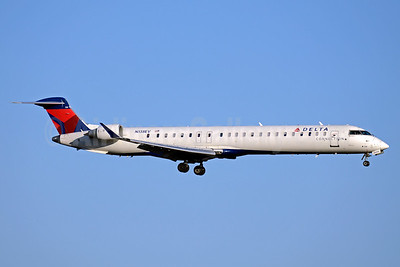 Delta Connection-ExpressJet Airlines Bombardier CRJ900 (CL-600-2D24) N138EV (msn 15235) ATL (Jay Selman). Image: 403370.