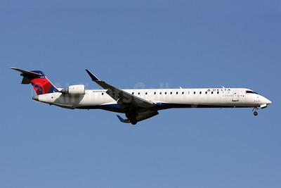 Delta Connection-Pinnacle Airlines Bombardier CRJ900 (CL-600-2D24) N200PQ (msn 15200) IAD (Brian McDonough). Image: 908117.