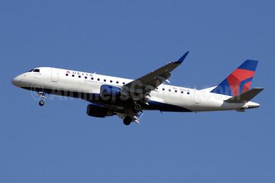 Delta Connection-Shuttle America Embraer ERJ 170-200LR (ERJ 175) N211JQ (msn 17000261) ATL (Jay Selman). Image: 402083.