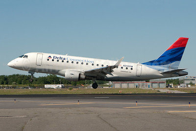 Delta Connection-Shuttle America Embraer ERJ 170-100SE N856RW (msn 17000078) JFK (Fred Freketic). Image: 950023.