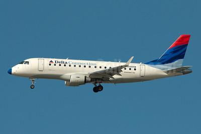 Delta Connection-Shuttle America Embraer ERJ 170-100SE N856RW (msn 17000078) JFK (Fred Freketic). Image: 950022.