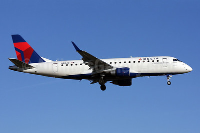 Delta Connection-Shuttle America Embraer ERJ 170-200LR (ERJ 175) N213JQ (msn 17000265) DCA (Brian McDonough). Image: 901929.