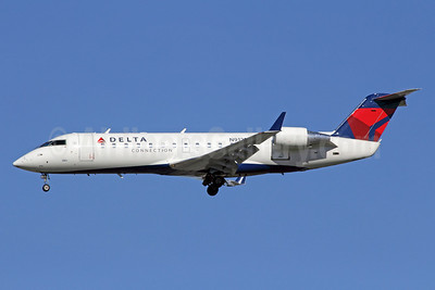 Delta Connection-SkyWest Airlines Bombardier CRJ200 (CL-600-2B19) N912SW (msn 7595) LAX (Michael B. Ing). Image: 908272.