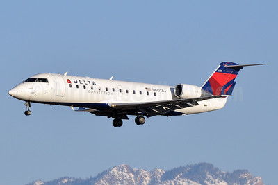 Delta Connection-SkyWest Airlines Bombardier CRJ200 (CL-600-2B19) N601XJ (msn 8044) SLC (Tony Storck). Image: 933366.