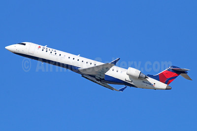 Delta Connection-SkyWest Airlines Bombardier CRJ700 (CL-600-2C10) N604SK (msn 10249) LAX (Michael B. Ing). Image: 921483.