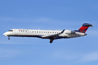 Delta Connection-SkyWest Airlines Bombardier CRJ700 (CL-600-2C10) N604SK (msn 10249) LAX (Michael B. Ing). Image: 911196