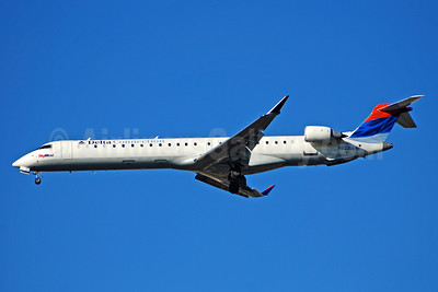 Delta Connection-SkyWest Airlines Bombardier CRJ900 (CL-600-2D24) N803SK (msn 15062) ATL (Bruce Drum). Image: 100775.
