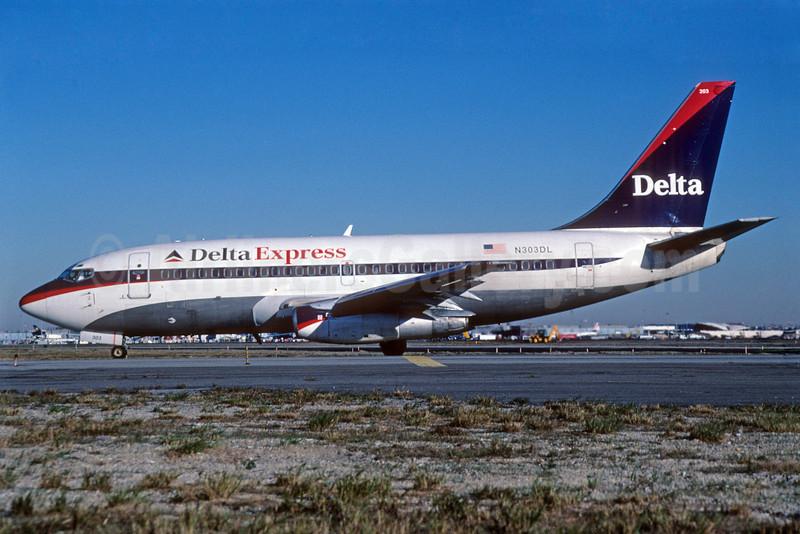 Delta Express (Delta Air Lines) Boeing 737-232 N303DL (msn 23075) JFK (TMK Photography). Image: 912046.