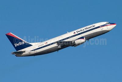 Delta Shuttle (Delta Air Lines) Boeing 737-35B N224DA (msn 24269) LGA (Fred Freketic). Image: 949828.