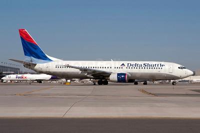 Delta Shuttle (Delta Air Lines) Boeing 737-832 N3735D (msn 30381) LGA (Fred Freketic). Image: 949830.