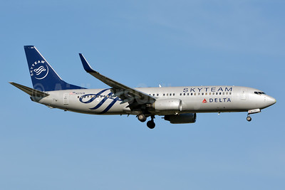 Delta Air Lines Boeing 737-832 WL N3761R (msn 29628) (SkyTeam) JFK (Jay Selman). Image: 402432.