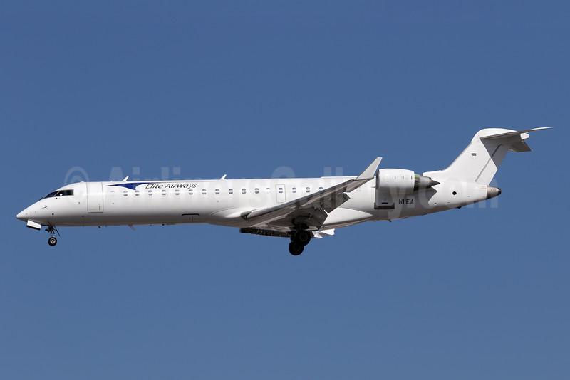 Elite Airways Bombardier CRJ700 (CL-600-2C10) N11EA (msn 10043) LAX (James Helbock). Image: 931744.