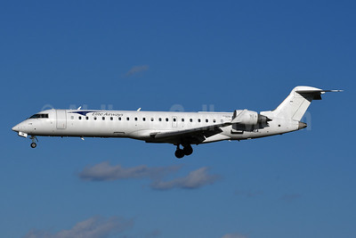 Elite Airways Bombardier CRJ700 (CL-600-2C10) N54EA (msn 10100) BWI (Tony Storck). Image: 952741.