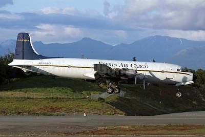Everts Air Cargo Douglas DC-6B (F) N555SQ (msn 45137) ANC (Michael B. Ing). Image: 903195.