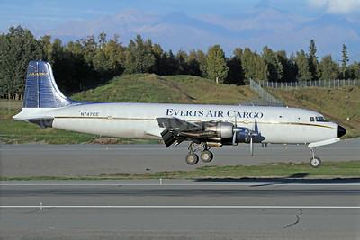 Everts Air Cargo Douglas C-118A-DO (DC-6A) N747CE (msn 44661) ANC (Michael B. Ing). Image: 920385.