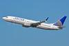 United Airlines Boeing 737-824 SSWL N33262 (msn  32402) LAX (Jay Selman). Image: 402924.