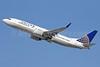 United Airlines Boeing 737-824 WL N77261 (msn 31582) LAX (Michael B. Ing). Image: 911658.