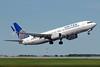 United Airlines Boeing 737-824 SSWL N37277 (msn 31595) (Split Scimitar Winglets) YYC (Chris Sands). Image: 928472.