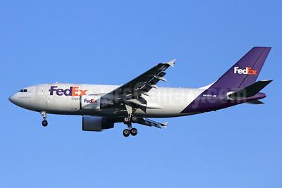 FedEx Express Airbus A310-324 (F) N808FD (msn 439) BKK (Michael B. Ing). Image: 936671.