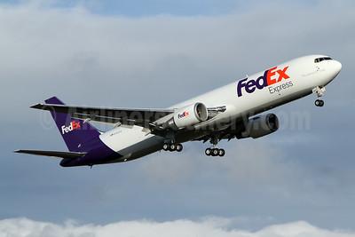 FedEx Express Boeing 767-300F ER N183FE (msn 63114) PAE (Nick Dean). Image: 949155.