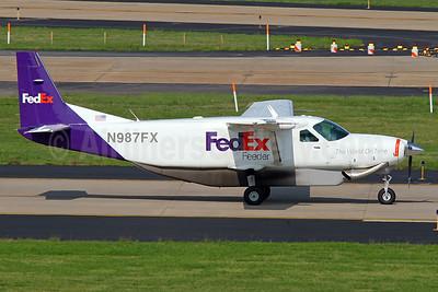 FedEx Feeder-Mountain Air Cargo Cessna 208B (F) Grand Caravan N987FX (msn 2390) IAD (Brian McDonough). Image: 936313.