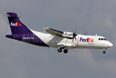 FedEx Feeder-Mountain Air Cargo ATR 42-300 (F) N920FX (msn 325) FLL (Brian McDonough). Image: 920398.