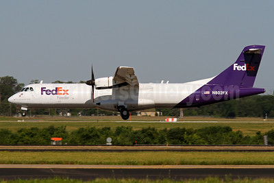 FedEx Feeder-Mountain Air Cargo ATR 72-212 (F) N802FX (msn 344) IAD (Brian McDonough). Image: 936312.