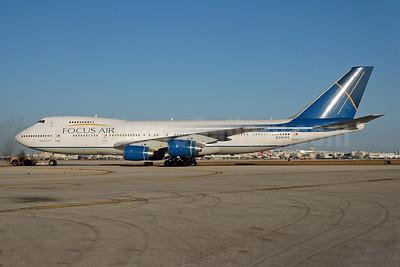Focus Air Cargo Boeing 747-236B (F) N361FC (msn 22442) MIA (Bruce Drum). Image: 100428.