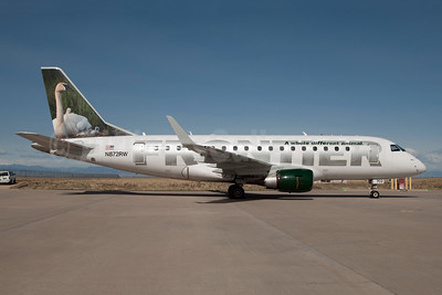 Frontier Airlines (2nd)-Republic Airlines (2nd) Embraer ERJ 170-100SE N872RW (msn 17000143) (Swan - Giselle) DEN (Fred Freketic). Image: 949922.