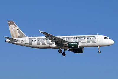 Frontier Airlines (2nd) Airbus A320-214 N206FR (msn 4272) (Polar Bears) SNA (Michael B. Ing). Image: 939537.
