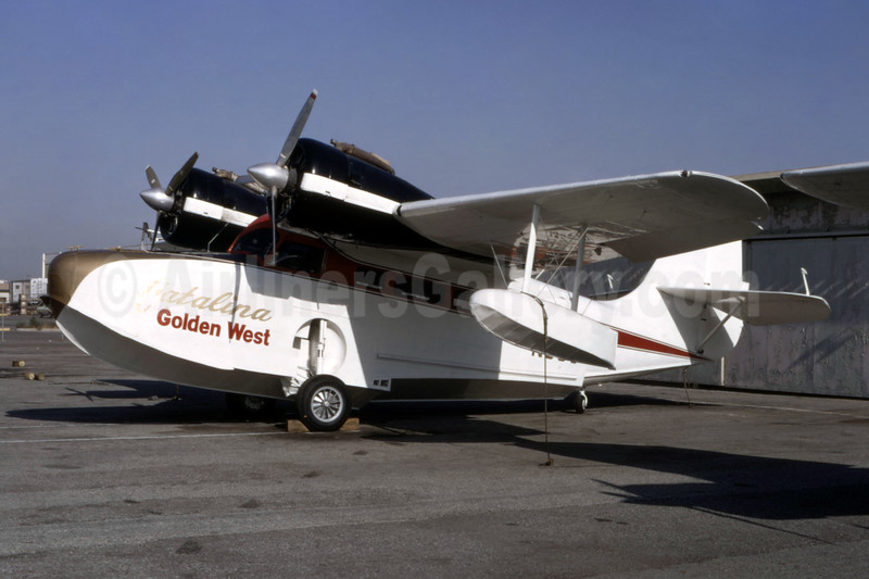Catalina Golden West Airlines (Golden West Airlines) Grumman G-21A Goose N93G (msn 1130) LGB (Ted J. Gibson - Bruce Drum Collection). Image: 944166.
