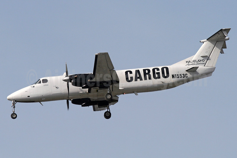 Hageland Aviation Services Cargo Beech 1900C-1 N1553C (msn UC-24) ANC (Brian McDonough). Image: 933827.