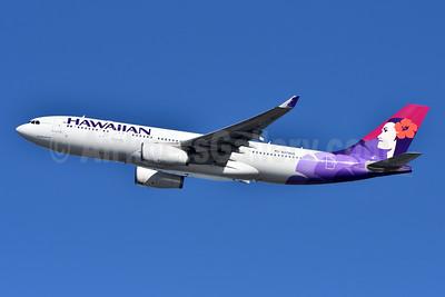 Hawaiian Airlines Airbus A330-243 N378HA (msn 1615) JFK (Fred Freketic). Image: 944349.