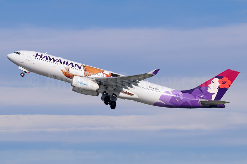 "Hawaiian's third 2016 promotional ""Disney Moana"" livery"