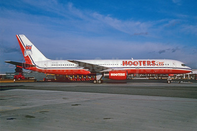Hooters Air (Pace Airlines) Boeing 757-2G5 N750WL (msn 23928) JFK (Ken Petersen). Image: 920979.