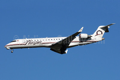 Horizon Air Bombardier CRJ700 (CL-600-2C10) N619QX (msn 10246) SEA (Bruce Drum). Image: 101018.