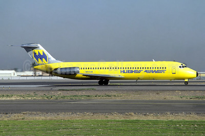 Hughes Airwest McDonnell Douglas DC-9-31 N9338 (msn 47347) PHX (Christian Volpati Collection). Image: 941635.