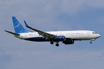 iAero Airways Boeing 737-86J WL N624XA (msn 32624) IAD (Brian McDonough). Image: 955002.