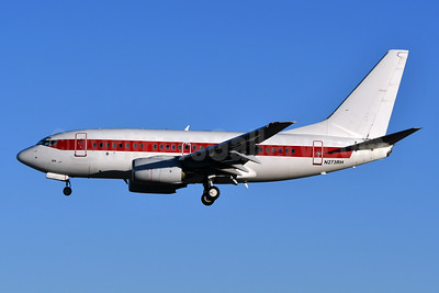 Janet Airlines (URS - EG & G) (U.S. Air Force) Boeing 737-66N N273RH (msn 29890) LAS (Ken Petersen). Image: 930547.