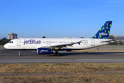 JetBlue Airways Airbus A320-232 N589JB (msn 2215) (Highrise) LGB (Michael B. Ing). Image: 941680.